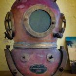 Pulau Ay pearl divers helmet